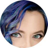 Kira Royale, blogger at Life Erotique